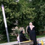Žena naj bo doma, čaka naj na muftija – Slovenija provinca nestrpnosti